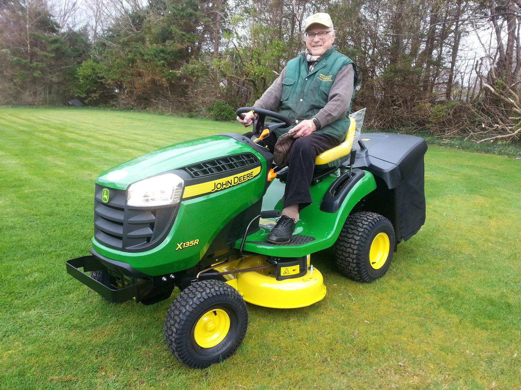 Michael J O'Connor_John Deere lawn tractor