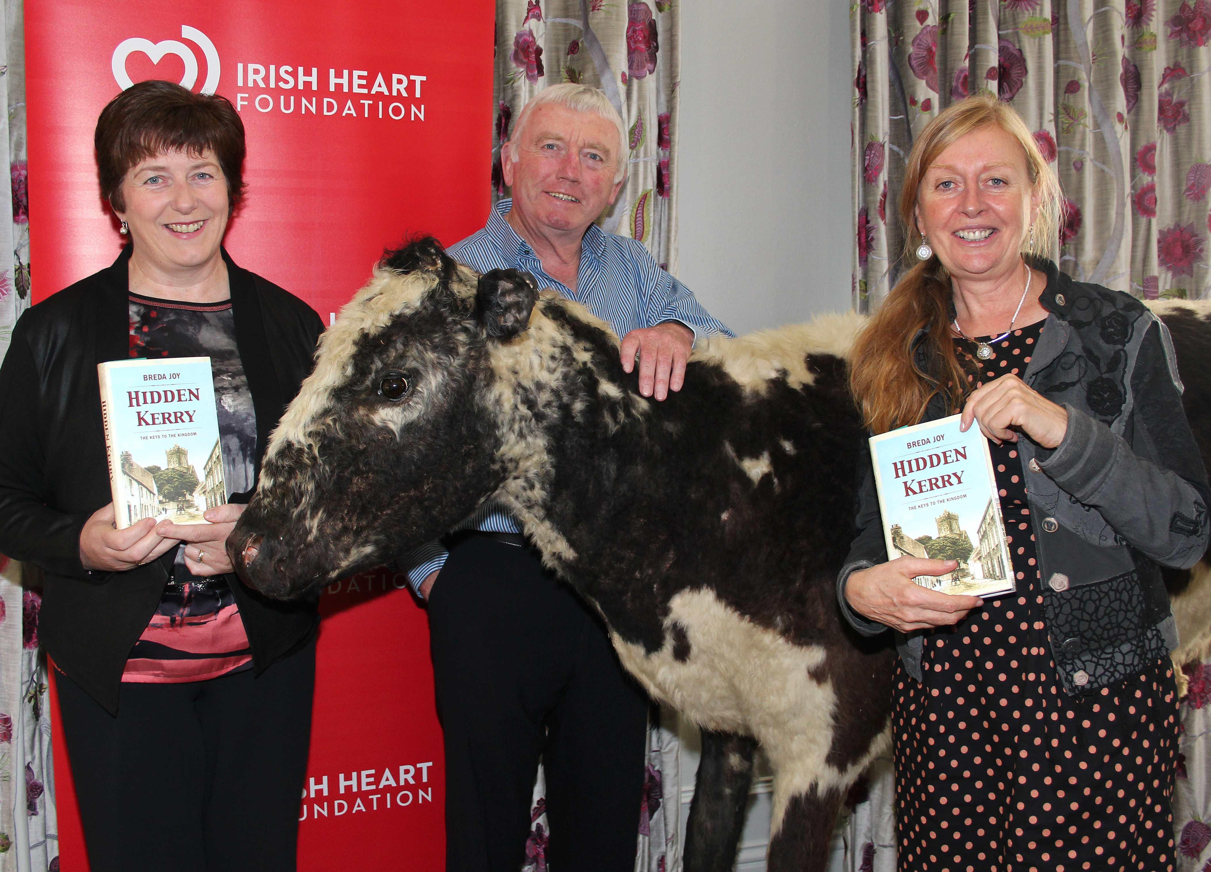 Mary and Teddy O'Neill with Breda Joy & Big Bertha